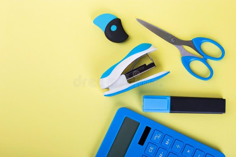 Blaues Briefpapier, Platz für Text lizenzfreie stockfotos