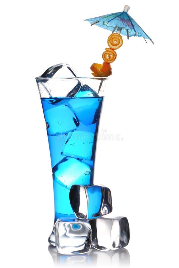 Blaues Curaçao-Cocktail stockfotografie