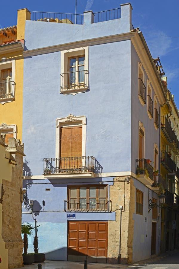 Blaues haus in valencia spanien redaktionelles bild for Haus in spanien