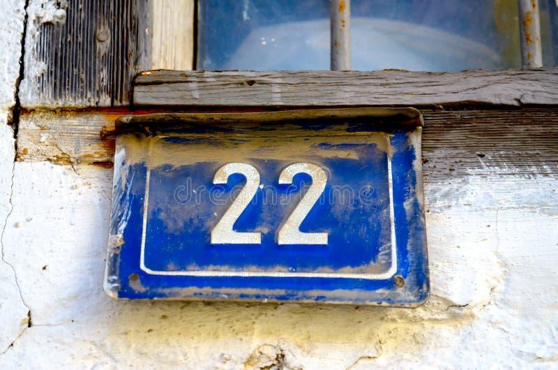 Blaues Hausnummer 22 lizenzfreies stockbild