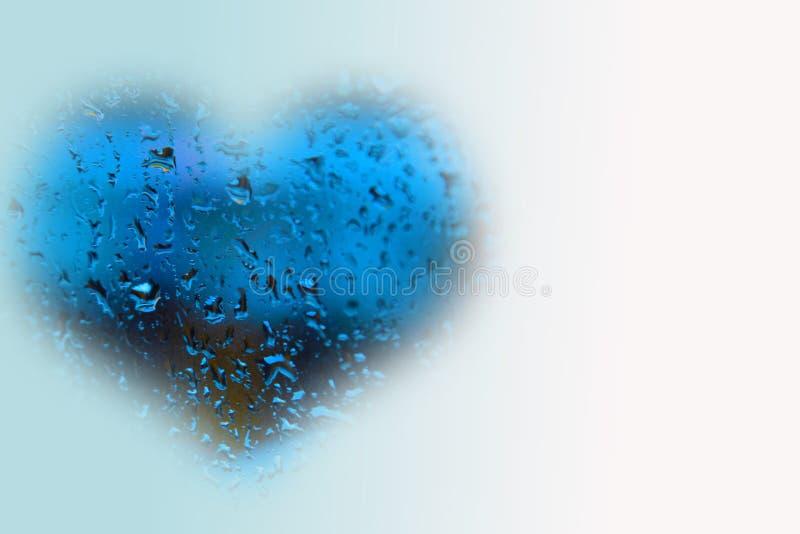 Blaues Herz im Regen lizenzfreies stockbild