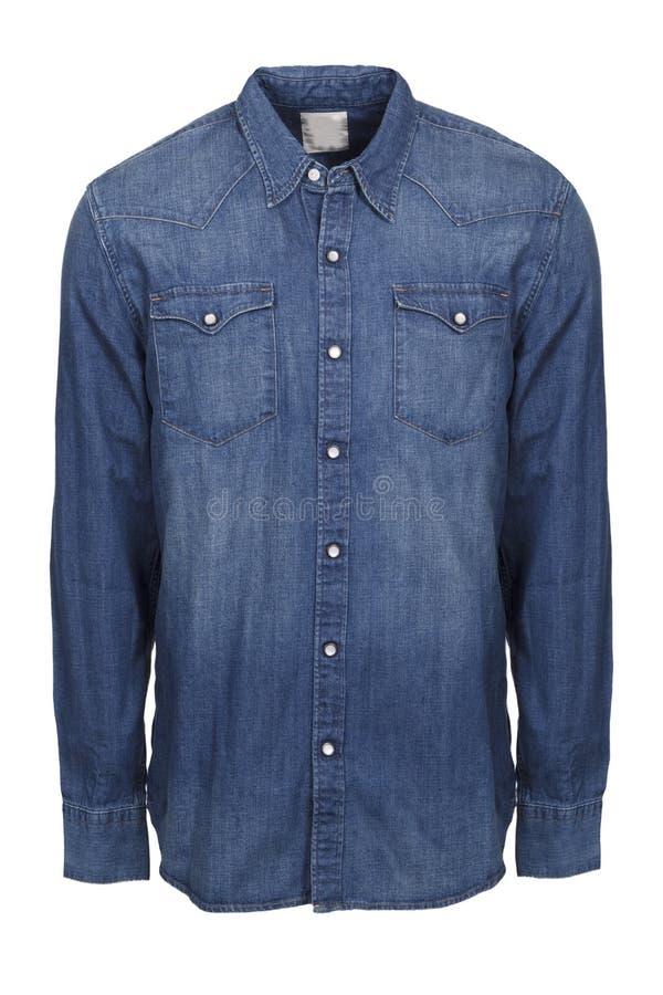 Blaues männliches Jeanshemd lokalisiert auf weißem Hintergrund lizenzfreies stockfoto