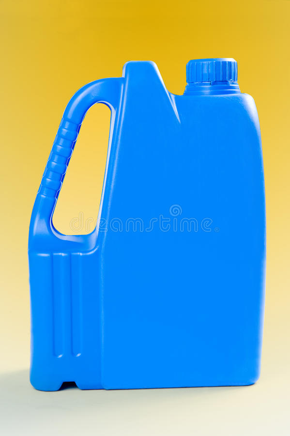 Blaues Plastikfaß stockbilder