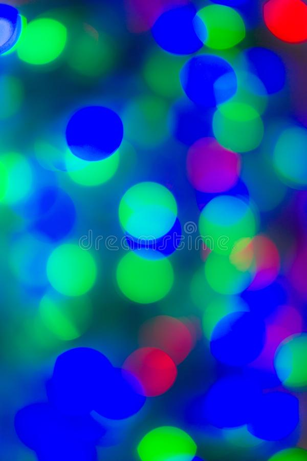 Blaues und grünes festliches Weihnachtseleganter abstrakter Hintergrund mit bokeh Lichtern und Sternen lizenzfreie abbildung