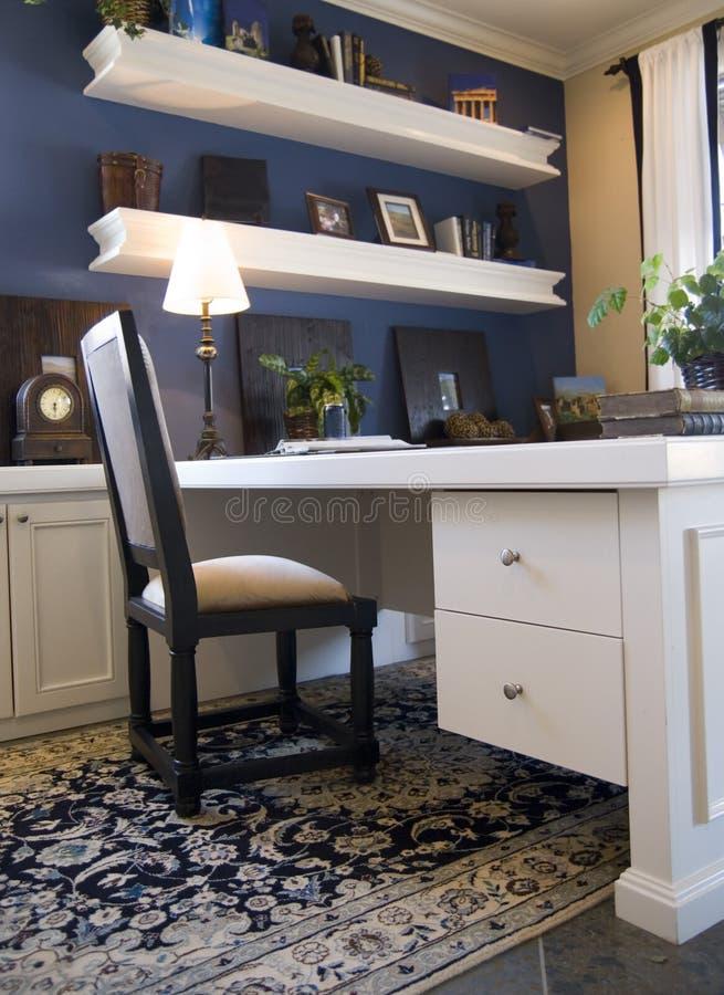 Blaues und weißes Büro stockbild