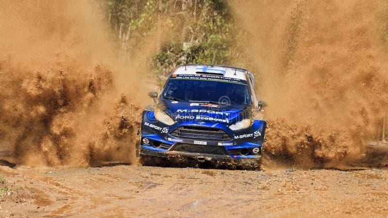 Blaues vorderes Furtspritzen WRC stockfotos