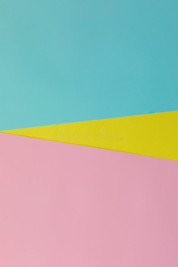 Blaues, weiches Papierrosa und gelber bunter Beschaffenheitshintergrund Flache Lage Minimales Konzept Kreatives Konzept Heiße Som stockfotografie