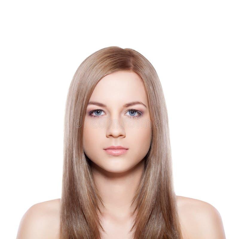 Blauw eyed blond-bruin vrouwengezicht royalty-vrije stock afbeeldingen
