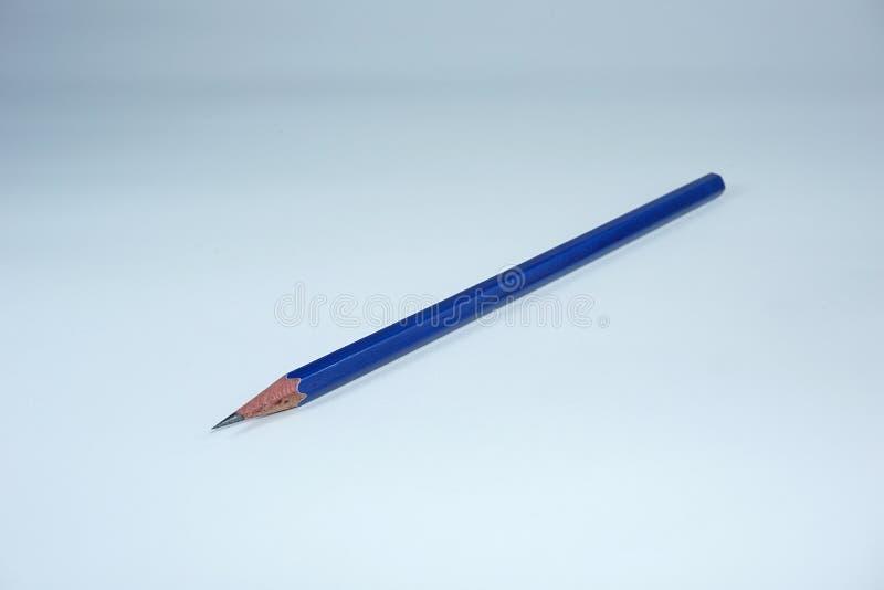 Blauw gescherpt potlood royalty-vrije stock afbeeldingen