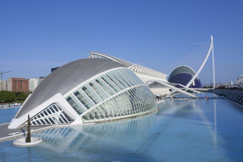 Blauw hemel en waterblauw in de stad van wetenschappen royalty-vrije stock afbeelding