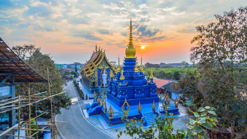 Blauw Tempel of Wat Rong Seua Ten in Chiang Rai royalty-vrije stock foto
