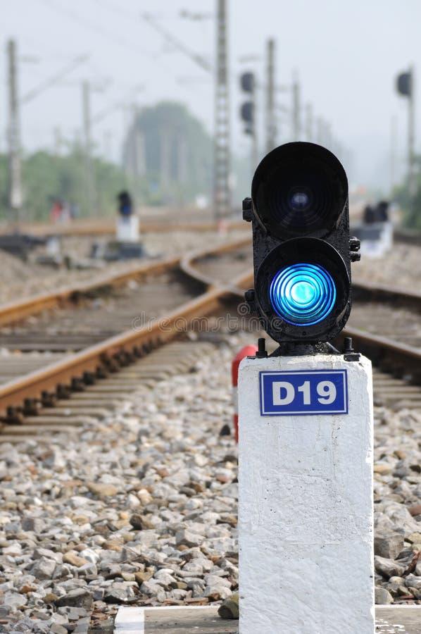 Blauw treinsignaal royalty-vrije stock afbeeldingen