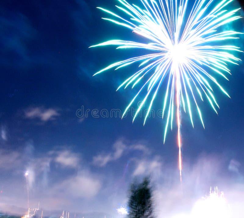 Blauw vuurwerk royalty-vrije stock fotografie