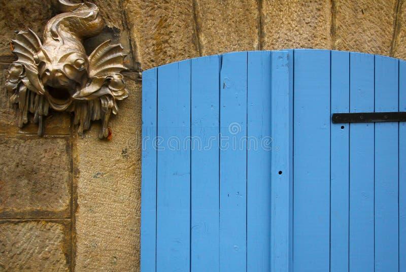 Blauwe deur met vissen royalty-vrije stock foto