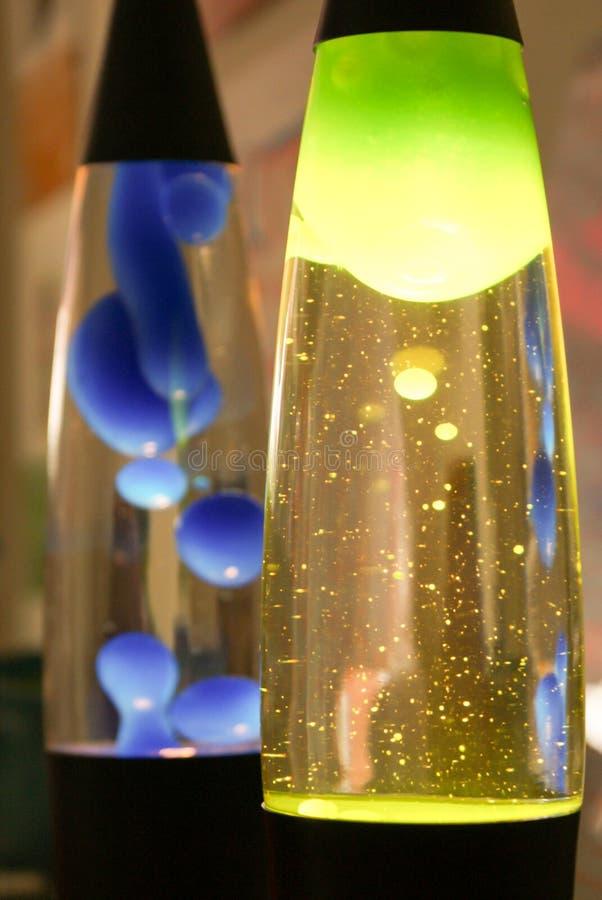 Blauwe en groene retro lavalampen stock foto