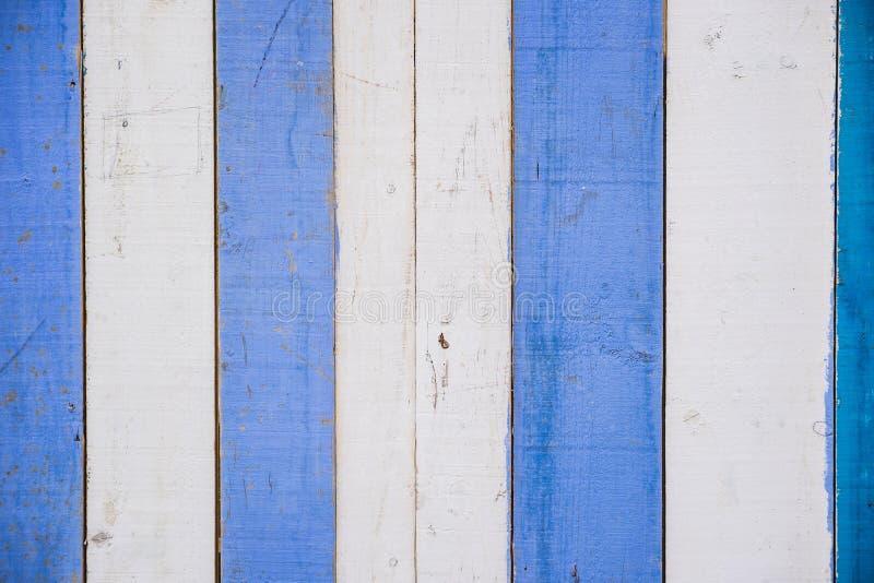 Blauwe en witte houten muur stock foto's