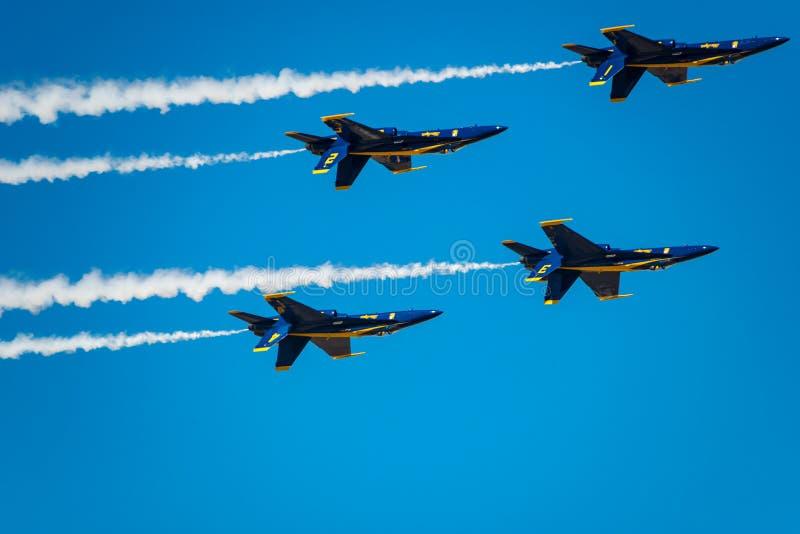 Blauwe Engelen die uit hangen royalty-vrije stock foto