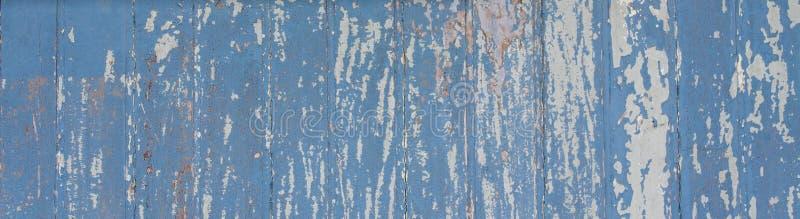 Blauwe geschilderde houten muurplank aan het kader als eenvoudige van de het hout oude grungy doorstane houten oppervlakte van de royalty-vrije stock foto
