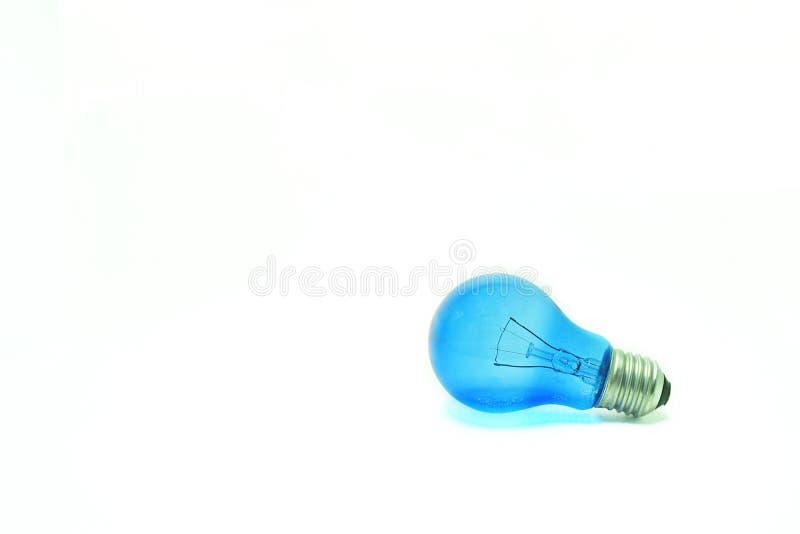 Blauwe gloeilamp stock fotografie