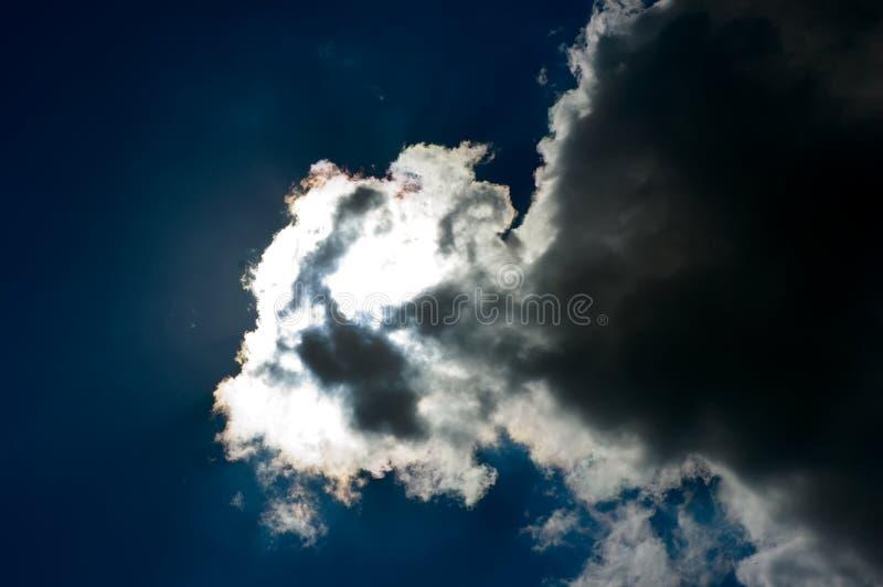 Blauwe hemel en wolken royalty-vrije stock fotografie