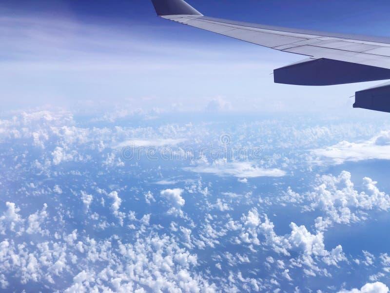 Blauwe hemel Reis naar Europa royalty-vrije stock foto