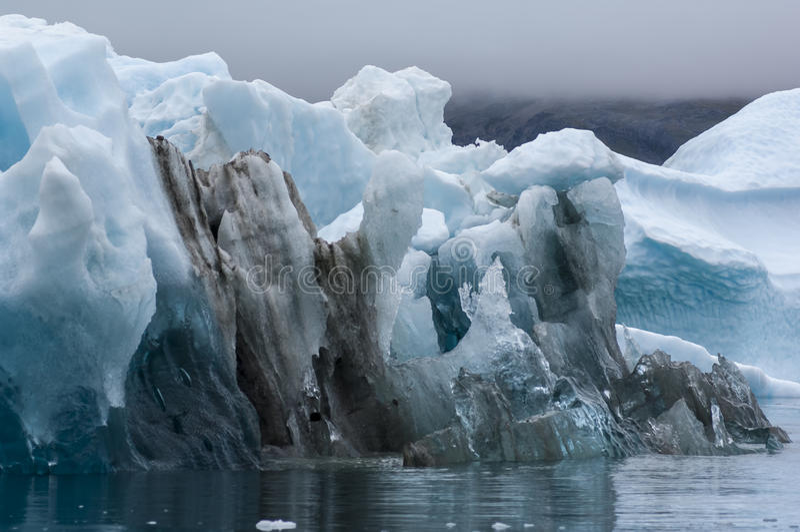 Blauwe Ijsbergen in Groenland royalty-vrije stock afbeelding