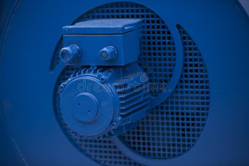 Blauwe industriële elektrische motor royalty-vrije stock foto's