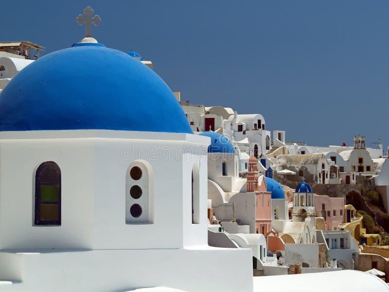 Blauwe kerkkoepel, Santorini, Griekenland stock afbeeldingen