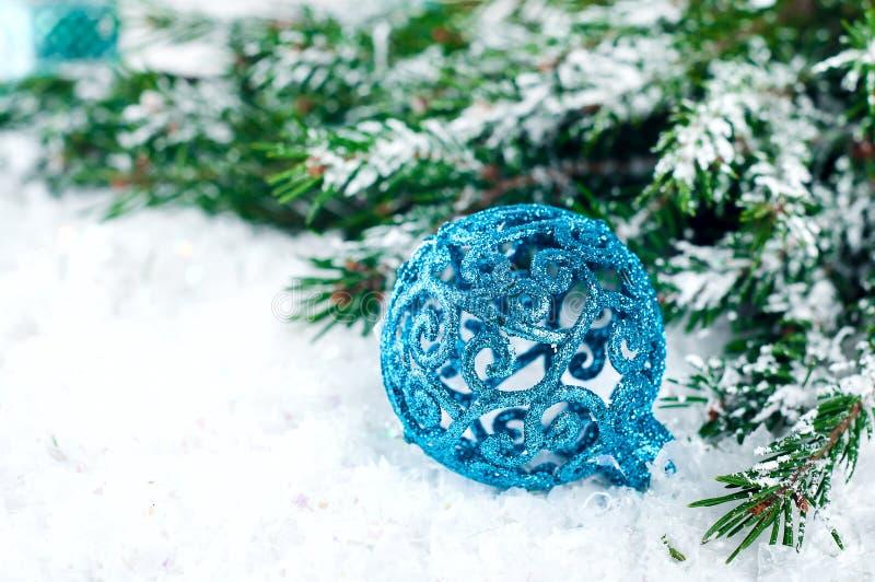 Blauwe Kerstmisballen royalty-vrije stock afbeeldingen