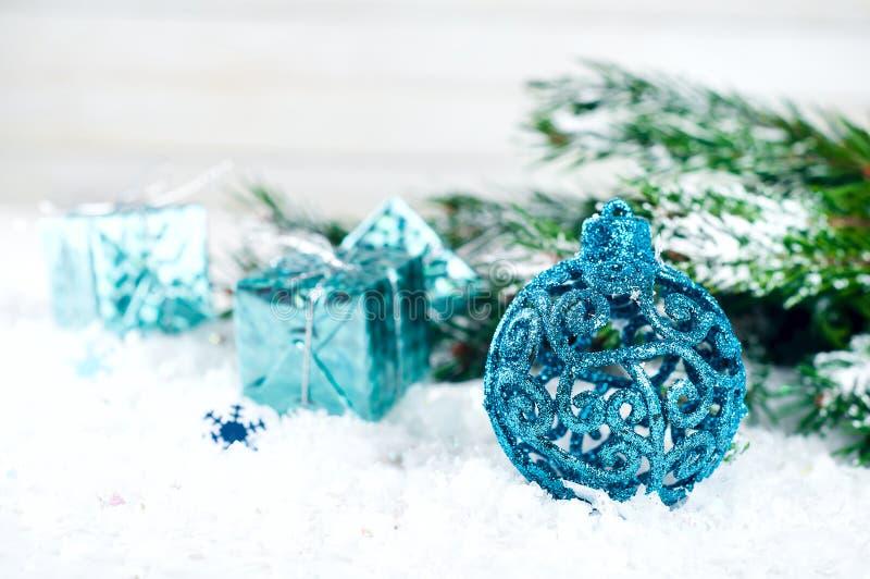 Blauwe Kerstmisballen stock afbeelding