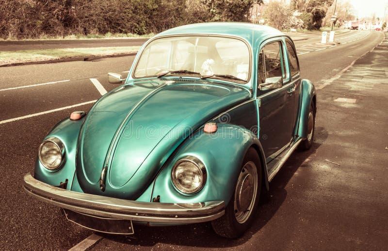 Blauwe klassieke auto Volkswagen Beetle royalty-vrije stock foto
