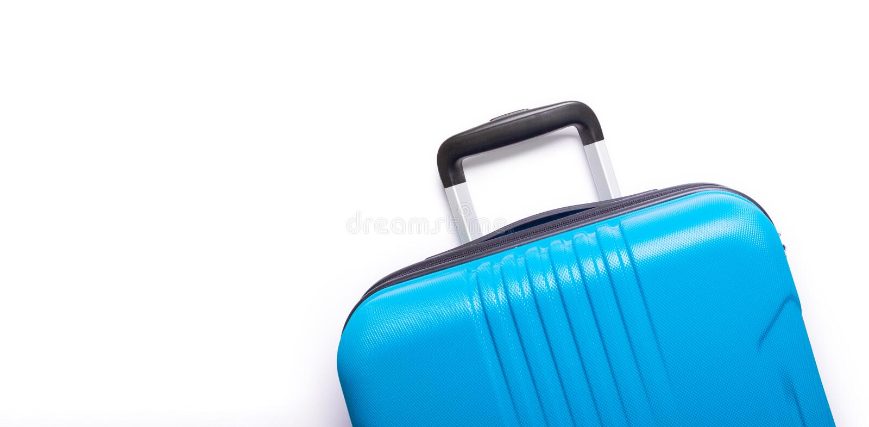 Blauwe koffer op witte achtergrond Creatieve de Zomervakantie, vakantie, de Banner van het reisconcept royalty-vrije stock fotografie