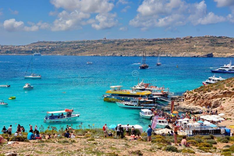Blauwe Lagune bij Comino-Eiland, Malta stock afbeeldingen