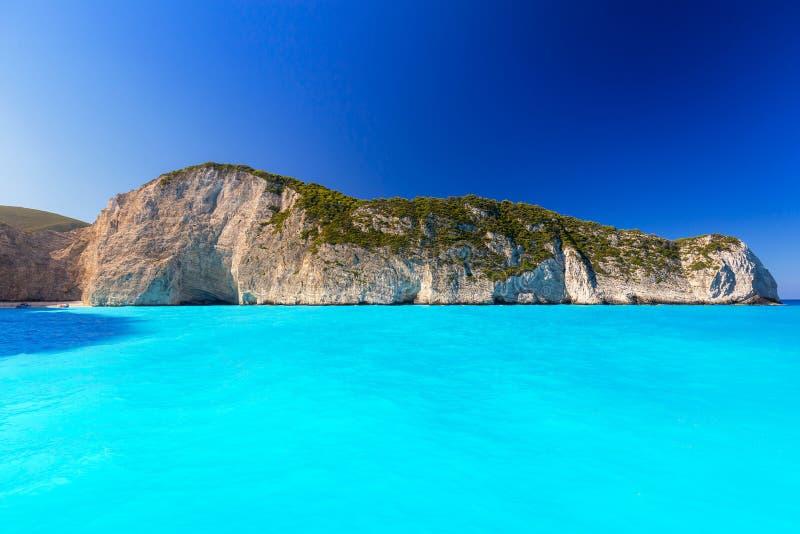 Blauwe lagune van Navagio-Strand op Zakynthos stock afbeeldingen