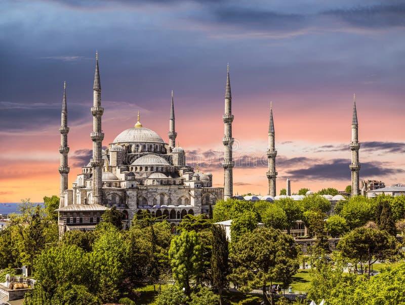 Blauwe moskee bij zonsondergang Sultanahmet, Istanboel royalty-vrije stock fotografie
