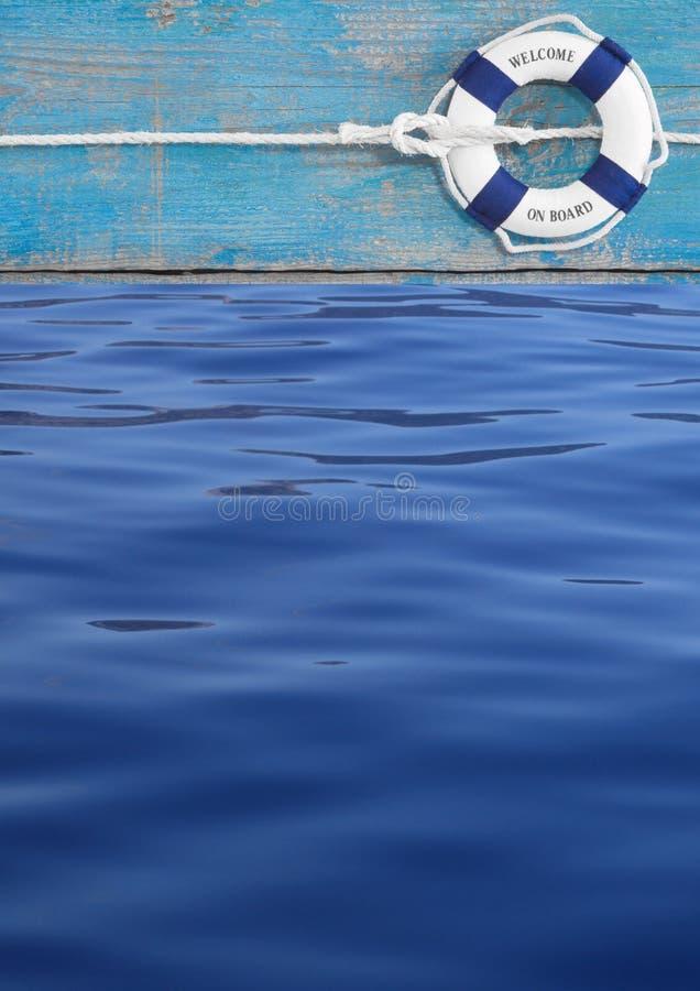 Blauwe reddingsboei op turkoois schip en water voor maritieme decoratio royalty-vrije stock foto's