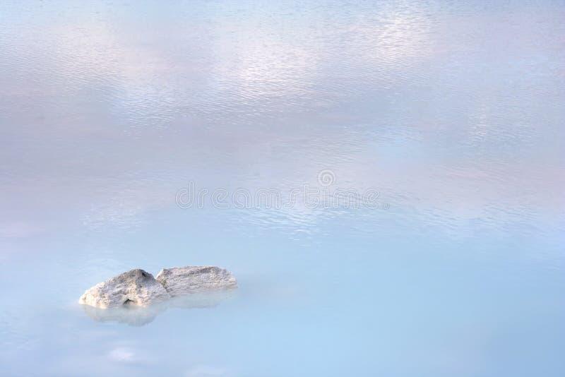 Blauwe wateren royalty-vrije stock afbeelding