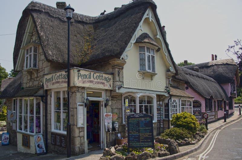 Bleistift-Häuschen in altem Dorf Shanklin lizenzfreie stockfotos