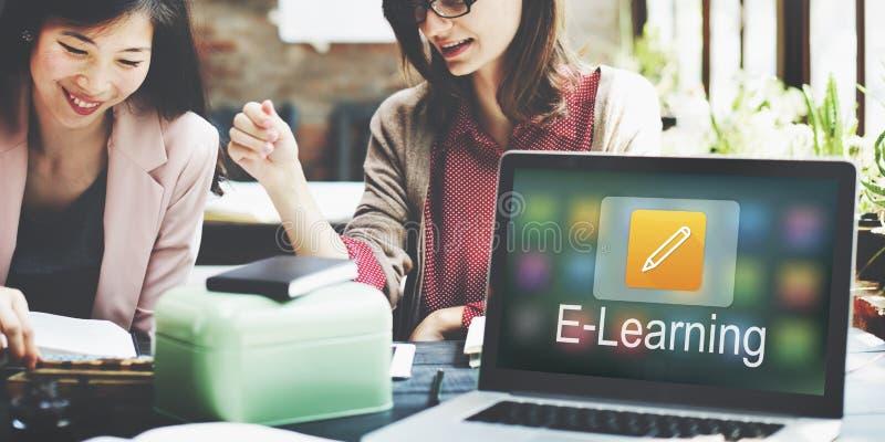 Bleistift-Ikonen-on-line-Bildung, die grafisches Konzept lernt lizenzfreies stockfoto