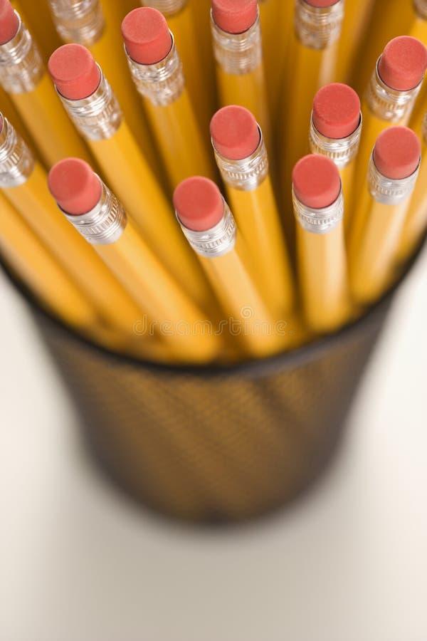 Bleistifte in der Halterung. lizenzfreie stockfotografie