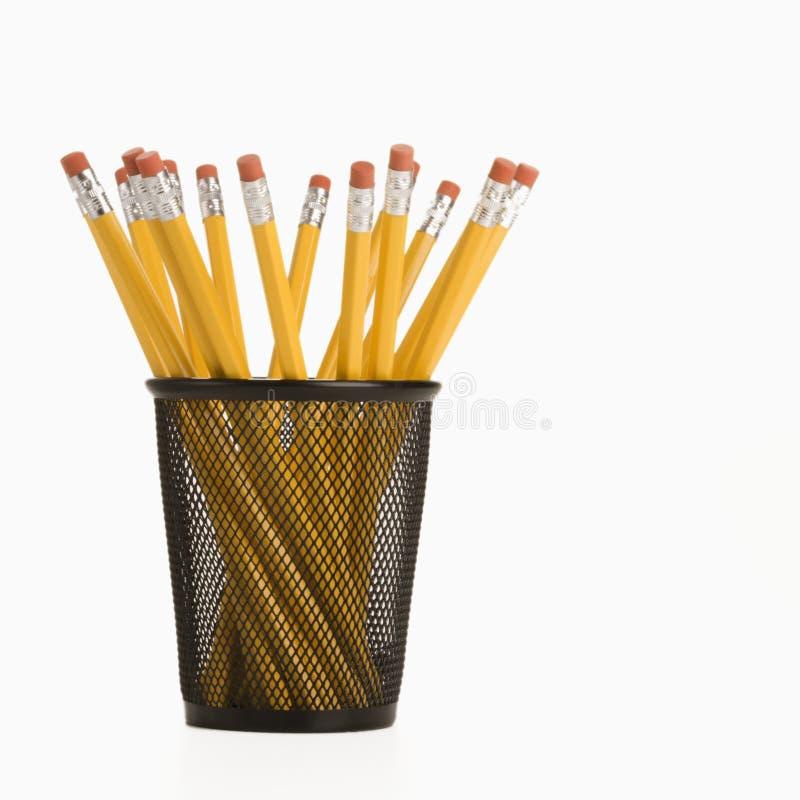 Bleistifte in der Halterung. lizenzfreies stockbild