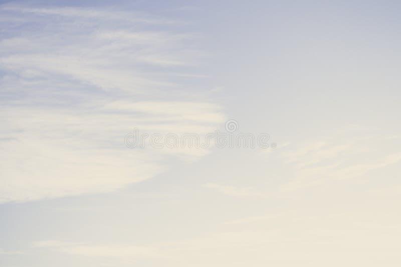 Bleu beau ciel abstrait arrière-plan image libre de droits