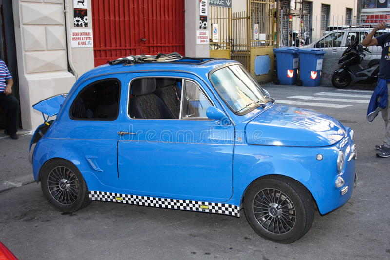 Bleu de Fiat 500 photo stock