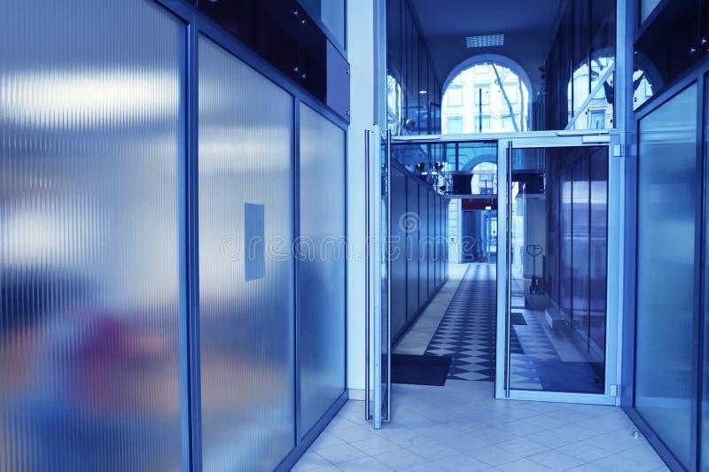 Bleu de hall d'affaires photos libres de droits