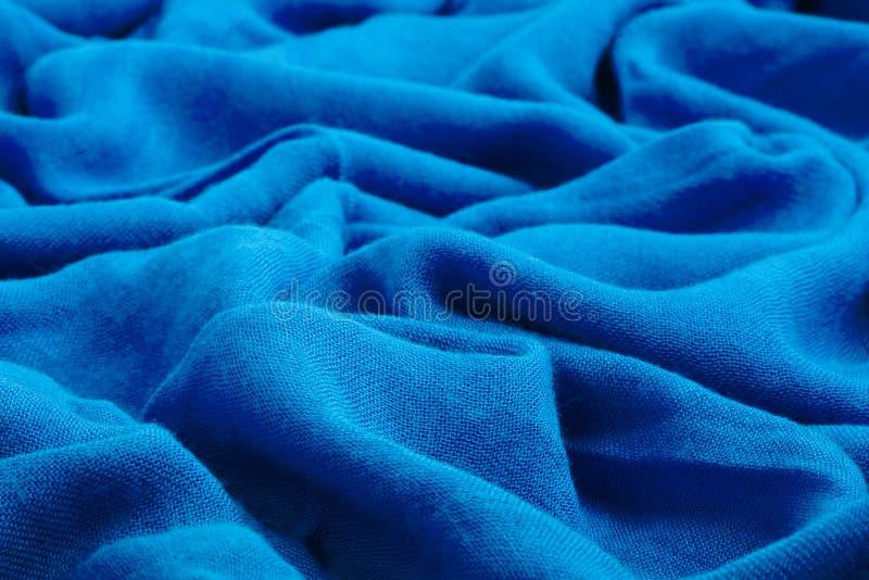 Bleu-foncé drapez le tissu mou photographie stock libre de droits