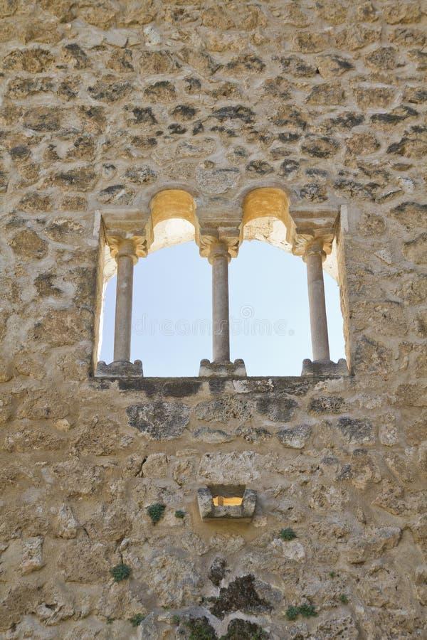 blev feodalt för bermejaslott som stärktes som lords mer krigare för slottpiedra s xii XII blev den stärkte slotten av fejd royaltyfri foto