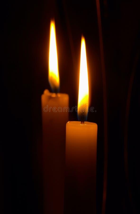Download Bliźniaczki płomieni zdjęcie stock. Obraz złożonej z zmrok - 130426