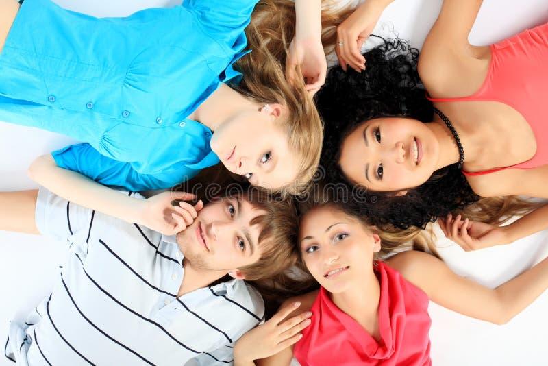 Blije jonge mensen stock afbeeldingen