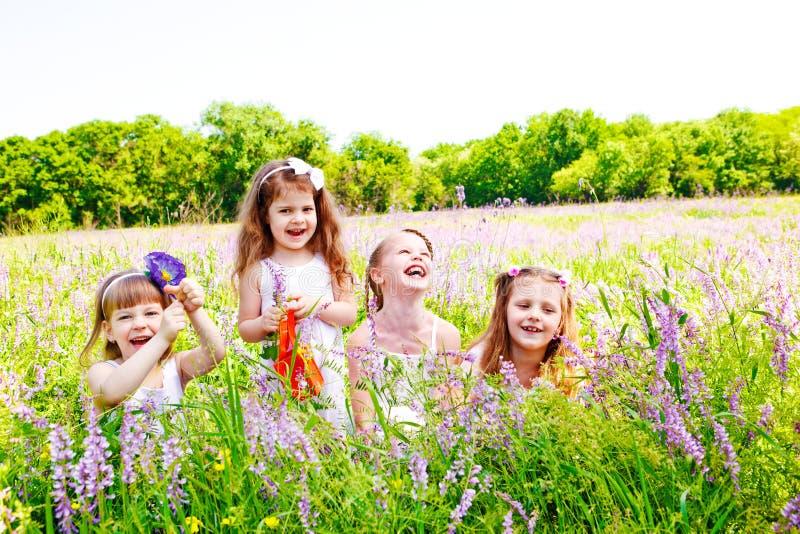 Blije meisjes royalty-vrije stock foto's