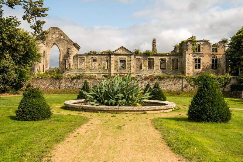 Blijft van Abbaye Notre-Dame du Voeu of Abdij van de Gelofte in Cherbourg Basse Normandie, Frankrijk royalty-vrije stock foto's